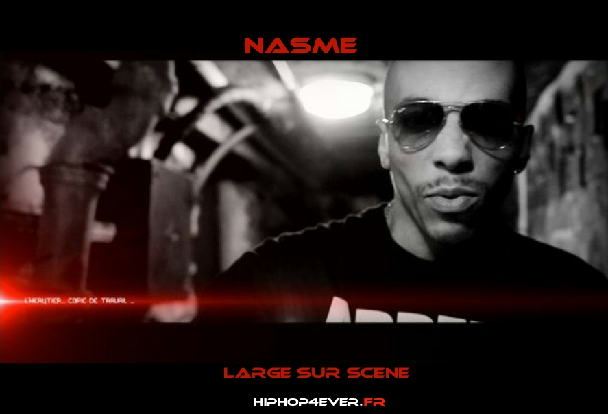 nasme-large-sur-scene